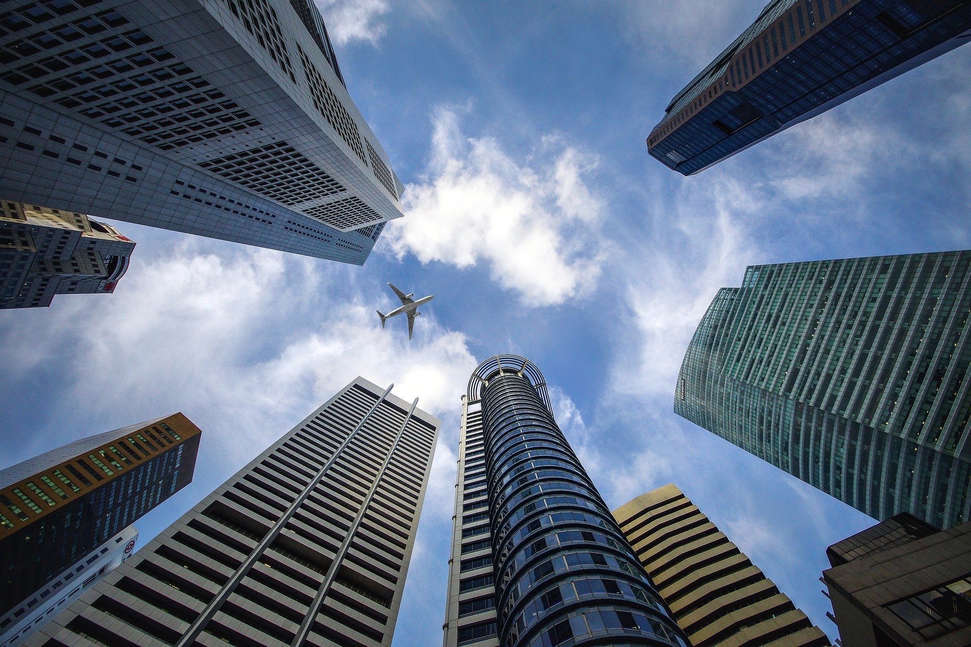 skyscraper-3184798_1920